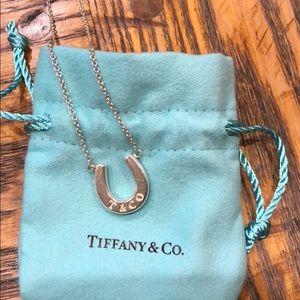 Tiffany&Co Horseshoe Pendant